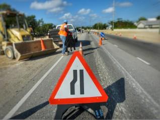 Public Service Announcement - Breakers Single Lane Closure